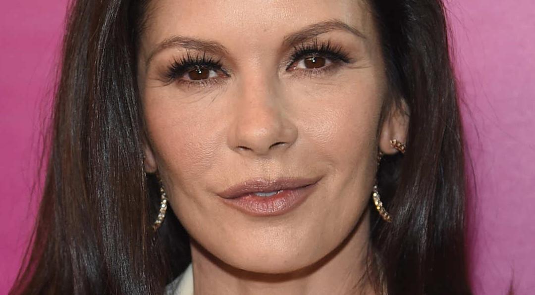 12 Celebrities Who've Had Eyelid Surgery